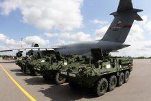 NATO patvirtino dislokuosianti papildomus pajėgumus Rytų Europoje