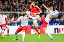 Europos futbolo čempionatui besirengiančios rinktinės žaidė skirtingai