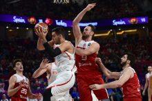 Stambulo pragare ispanai eliminavo Europos čempionato šeimininkus