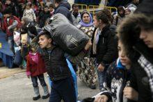 ES nurodė Graikijai per tris mėnesius sustiprinti sienų apsaugą