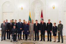 Prezidentūroje apdovanoti parolimpiečiai