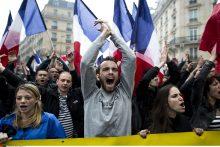 Prieš Europos futbolo čempionatą Prancūzijai gresia tikras chaosas