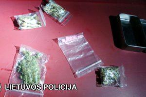 Pajūrio kurortuose – narkotikų platinimo bumas