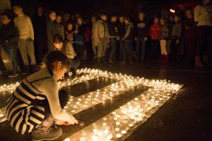 Veiviržėnų J. Šaulio gimnazijoje – 1 000 laisvės žvakučių