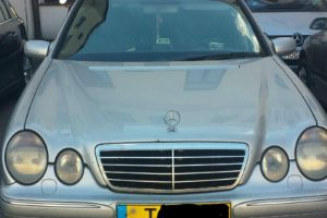 Policija neduoda ramybės narkotikų į taborą vežantiems sostinės taksistams