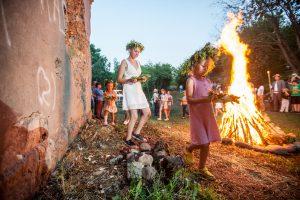 Laužus įdegti Kaune patikėta Jonams ir Janinoms