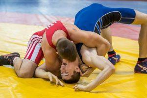 Trys lietuviai triumfavo jaunimo imtynių turnyre