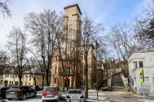 Po vienu stogu Kaune – bažnyčia, valgykla ir sporto salė