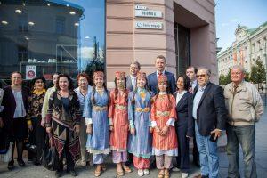 Nepaisant kritikos, Totorių gatvėje pakabinta lentelė totorių kalba
