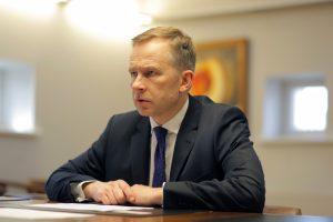 Teismas nepanaikino kardomųjų priemonių Latvijos centrinio banko vadovui