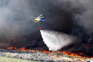 Netoli Madrido dega milžiniškas padangų sąvartynas