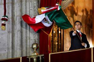 Meksikoje tūkstančiai žmonių ragino prezidentą atsistatydinti