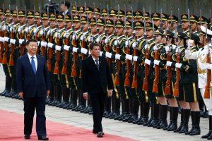 Pekine viešintis Filipinų prezidentas: laikas atsisveikinti su JAV
