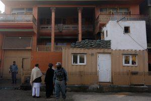 Afganistane parlamentaro namus užpuolę talibai nužudė aštuonis žmones