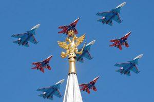 Pergalės dienos parade Maskvoje – naujos ginkluotės demonstracija