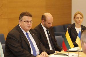 L. Linkevičius ragina Ukrainą sukurti specialų antikorupcinį teismą