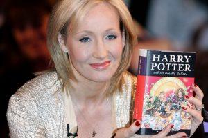"""Hario Poterio """"krikštamotė"""": škotai turėtų didžiuotis"""