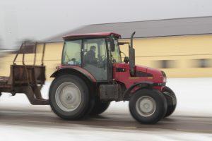 Ūkininkai renkasi nebe čekiškus, o baltarusiškus traktorius