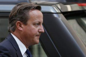 Britų premjeras ragina aptarti galimą Rusijos pašalinimą iš G-8