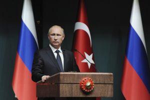 """V. Putinas paskelbė atšaukiantis dujotiekio """"South Stream"""" planus (ES atsakas)"""