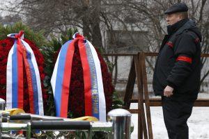 Maskvoje tūkstančiai žmonių atidavė paskutinę pagarbą nužudytam B. Nemcovui