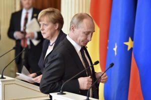 A. Merkel: kai kurių klausimų be Rusijos spręsti negalime