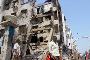 Per kautynes dėl svarbaus Jemeno miesto žuvo daugiau negu 80 žmonių