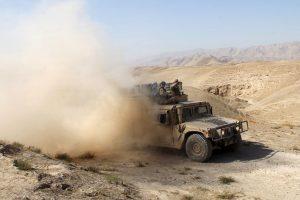 """Afganistane JAV orlaivio smūgis sunaikino vieną """"al Qaeda"""" lyderių"""