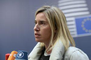 ES priėmė teisinį pagrindą sankcijoms Iranui atšaukti