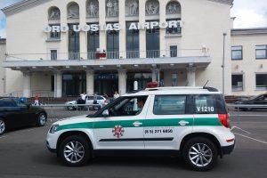 Vilniaus oro uoste sulaikytas vyras su dujiniu ginklu
