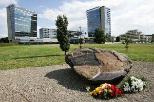 Savanorio A. Sakalausko motina ragino saugoti Lietuvą