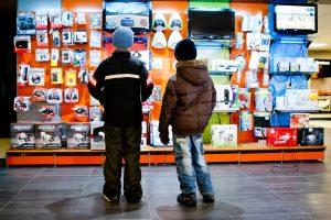 """""""Avitela"""" apyvartą elektroninėje erdvėje augins labiau nei parduotuvėse"""