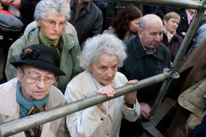 Kitais metais planuojama baigti per krizę sumažintų pensijų kompensavimą