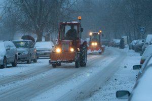 Įspėja vairuotojus: Ignalinos ir Pakruojo rajonų keliuose – plikledis