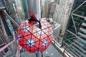 """Žmogus - voras tapo oficialiu 2014-ųjų """"Times"""" aikštės superherojumi"""