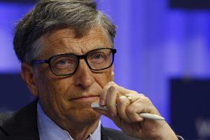 B. Gatesas skyrė 50 mln. dolerių Alzheimerio ligos tyrimams