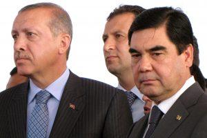 Turkmėnistano prezidentas pasitraukė iš valdančiosios partijos