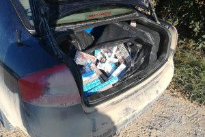 Lazdijų rajone pasieniečiai sulaikė rūkalus gabenusią sutuoktinių porą