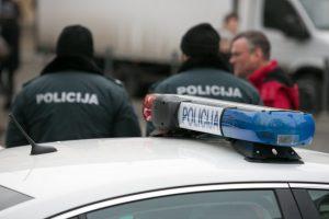 """Alytaus rajone pavogtas """"Peugeot"""" vėliau rastas griovyje"""