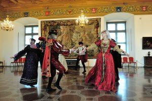 Valdovų rūmų muziejus kviečia į Užgavėnių puotą