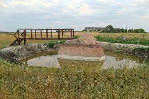 Į Žagarės kraštą – pamatyti Brolių akmens ir storiausio šermukšnio