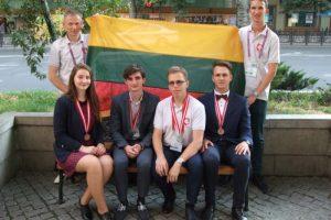 Tarptautinėje chemijos olimpiadoje lietuviai iškovojo keturis medalius
