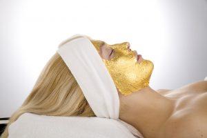 Kaip nustatyti odos senėjimo tipą ir apgauti laiką