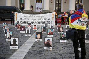 Ragina D. Grybauskaitę Kinijoje nenutylėti apie žmogaus teisių pažeidimus