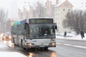 Nuo kovo 10-osios keičiami troleibusų ir autobusų tvarkaraščiai