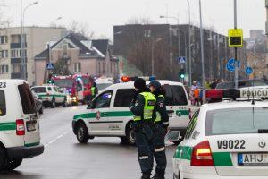 Vilniaus gimnazijos kieme statybininkai atkasė sprogmenį