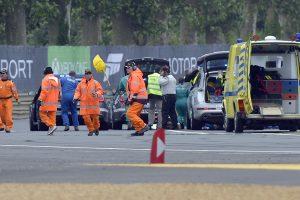 Per lenktynes Danijoje automobiliui įsirėžus į žiūrovus žuvo 2 žmonės