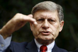 Lenkijos reformų architektas skambina pavojaus varpais