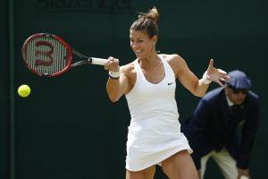 Vimbldono teniso turnyro kovoms sutrukdė lietus