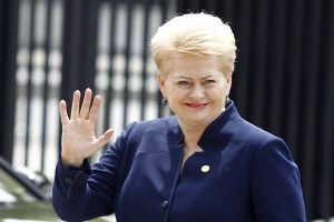 Prezidentė dėl oro sąlygų neišvyko į Estiją